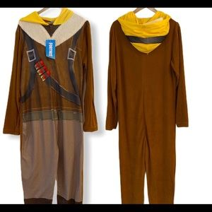 Fortnite Raptor Pajamas/Lounge Wear (NWT)